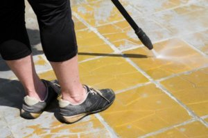 Tri County Steamers Offers Tile & Grout Cleaning Services